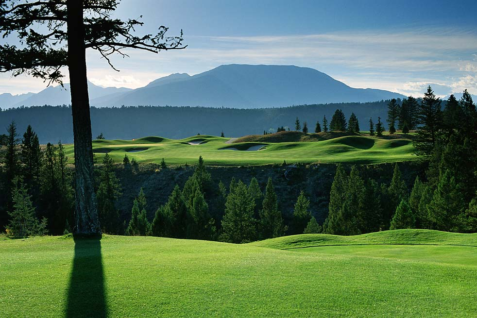 Springwater Hill gives you access to gorgeous golf courses like Eagle Ranch in Invermere, BC